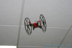 rouler au plafond avec rolling spider