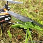 herbe dans helices de drones
